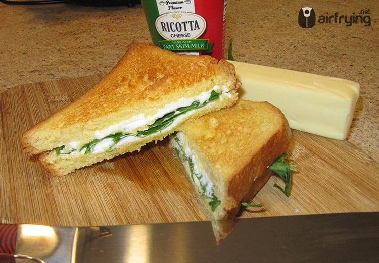 Ricotta Spinach Grilled Cheese Air Fried