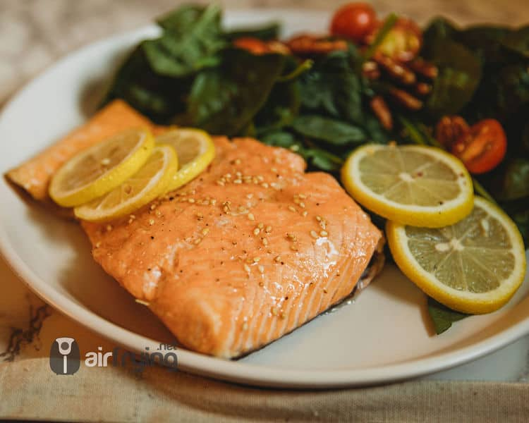 air fryer salmon meal