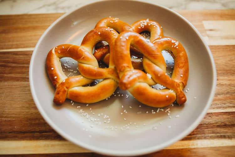 frozen soft pretzels air fried